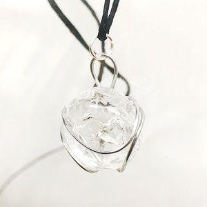 BOGO💫Clear Crackled Glass Gem Necklace
